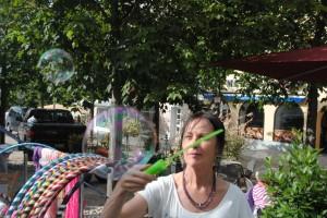 ..... Seifenblasenschwert für Riesenseifenblasen